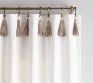 cortina con borlas de yute